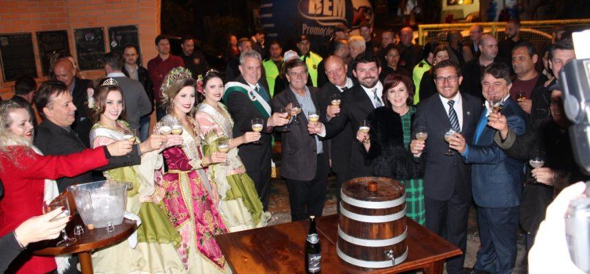 abertura-festa-do-vinho-110