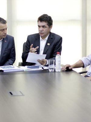 reuniao-entre-o-prefeito-de-criciuma-clesio-salvaro-e-o-governador-carlos-moises-da-silva-foto-de-jhulian-pereira-4
