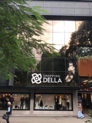 43709163805012021_83413452021122020_fachada_shopping_della
