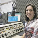 Jornalista e apresentadora do Bom Dia Notícias